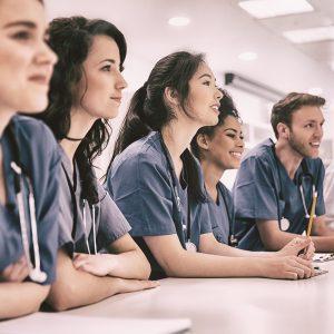 Manifest w sprawie szczepień: Koalicja Młodych podpowiada przepis na...